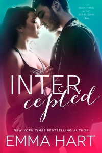 INTERCEPTED EMMA HART ITUNES EBOOK COVER