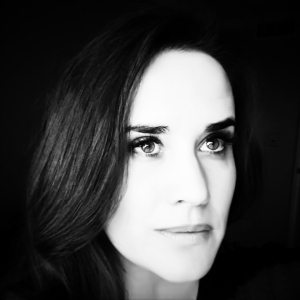 Author_AmyHarmon[1]